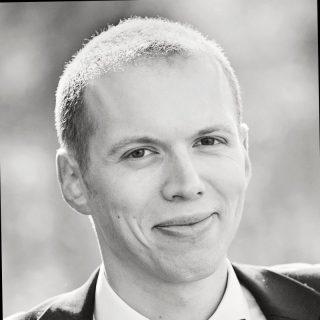 https://www.marcinwsol.pl/wp-content/uploads/2021/06/pawel-kulikowski-akademia-wsb-320x320.jpeg